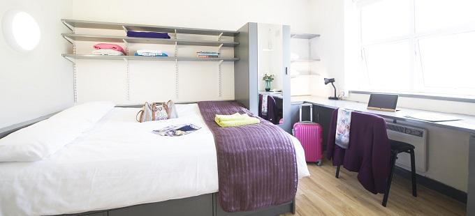 Corrib Village bedroom 680×310